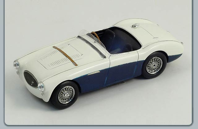 Spark: 1955 Austin Healey 100 S (S0800) in 1:43 scale
