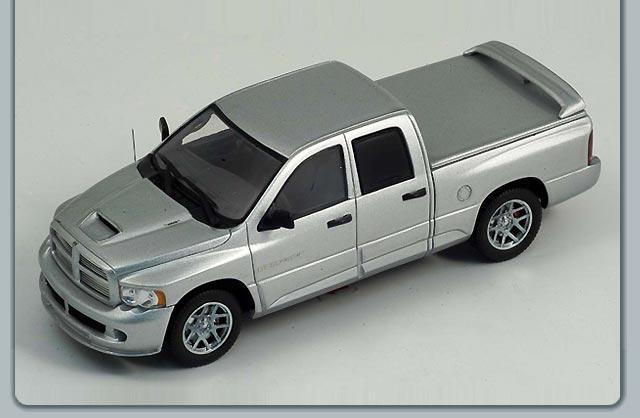 Dodge Ram Srt10 >> Spark: 2005 Dodge Ram SRT-10 Quad Cab - Silver (S0861) in 1:43 scale - mDiecast
