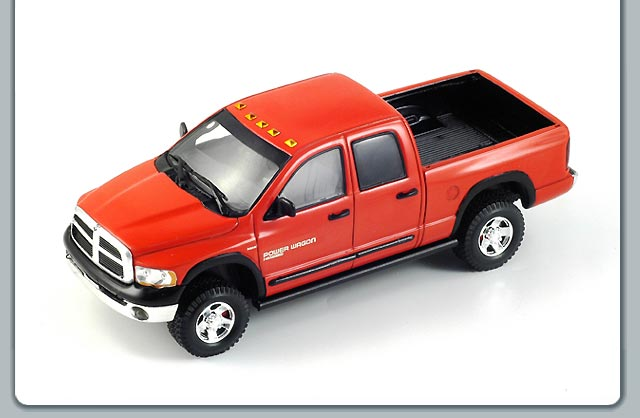 Spark: 2006 Dodge Ram Power Wagon (S0870) в 1:43 масштабе