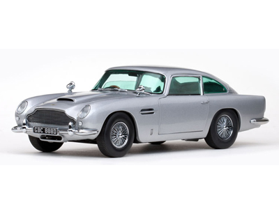 Sun Star: 1963 Aston Martin DB5 - Silver Grey (1005) в 1:18 масштабе