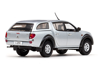 vitesse mitsubishi l200 sport w removable hard top. Black Bedroom Furniture Sets. Home Design Ideas
