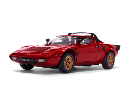 Sun Star: Lancia Stratos Stradale - Rosso (Red) (4521) in 1:18 scale