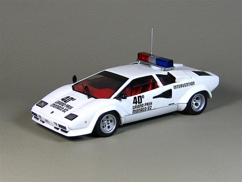 ixo 1982 lamborghini countach 500s pace car monaco gp white clc018 in 1. Black Bedroom Furniture Sets. Home Design Ideas