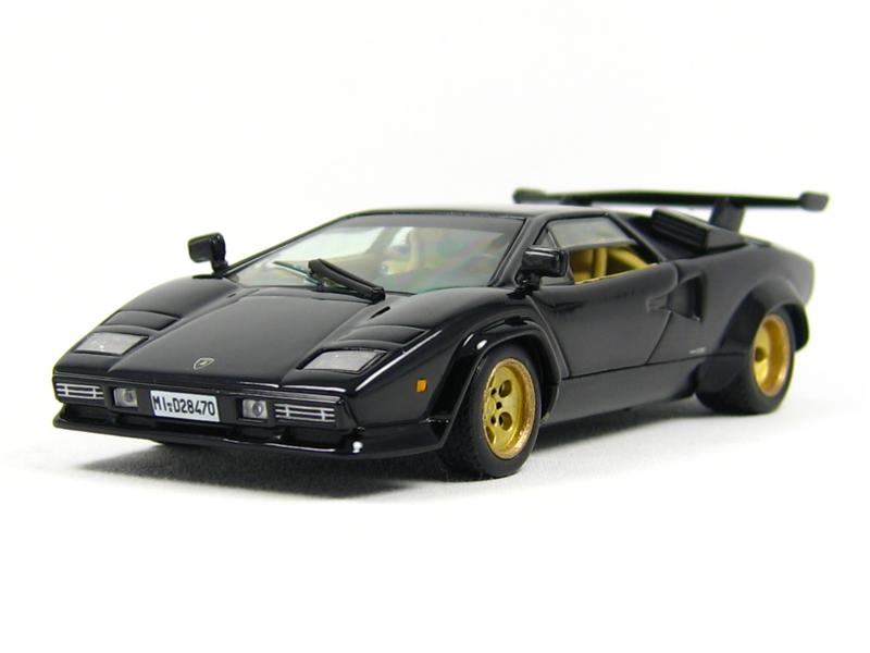 ixo lamborghini countach lp5000s in 1 43 scale mdiecast. Black Bedroom Furniture Sets. Home Design Ideas
