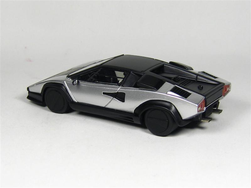 Looksmart Lamborghini Countach Evoluzione In 1 43 Scale