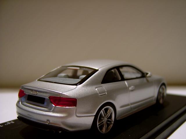 Looksmart Audi S5 In 1 43 Scale Mdiecast