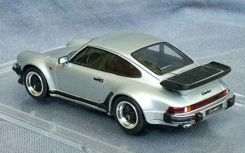 Emc 1988 Porsche 911 Turbo Coupe 930 In 1 43 Scale
