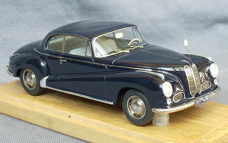 EMC: 1955 BMW 502 Autenrieth Coupe in 1:43 scale - mDiecast
