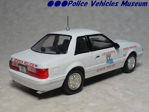 White Rose Collectibles: 1991 Ford Mustang Louisiana State Police (DEDGM99107WIN) в 1:43 масштабе . Фотография предоставлена Natty, 2012-04-28 01:59:06