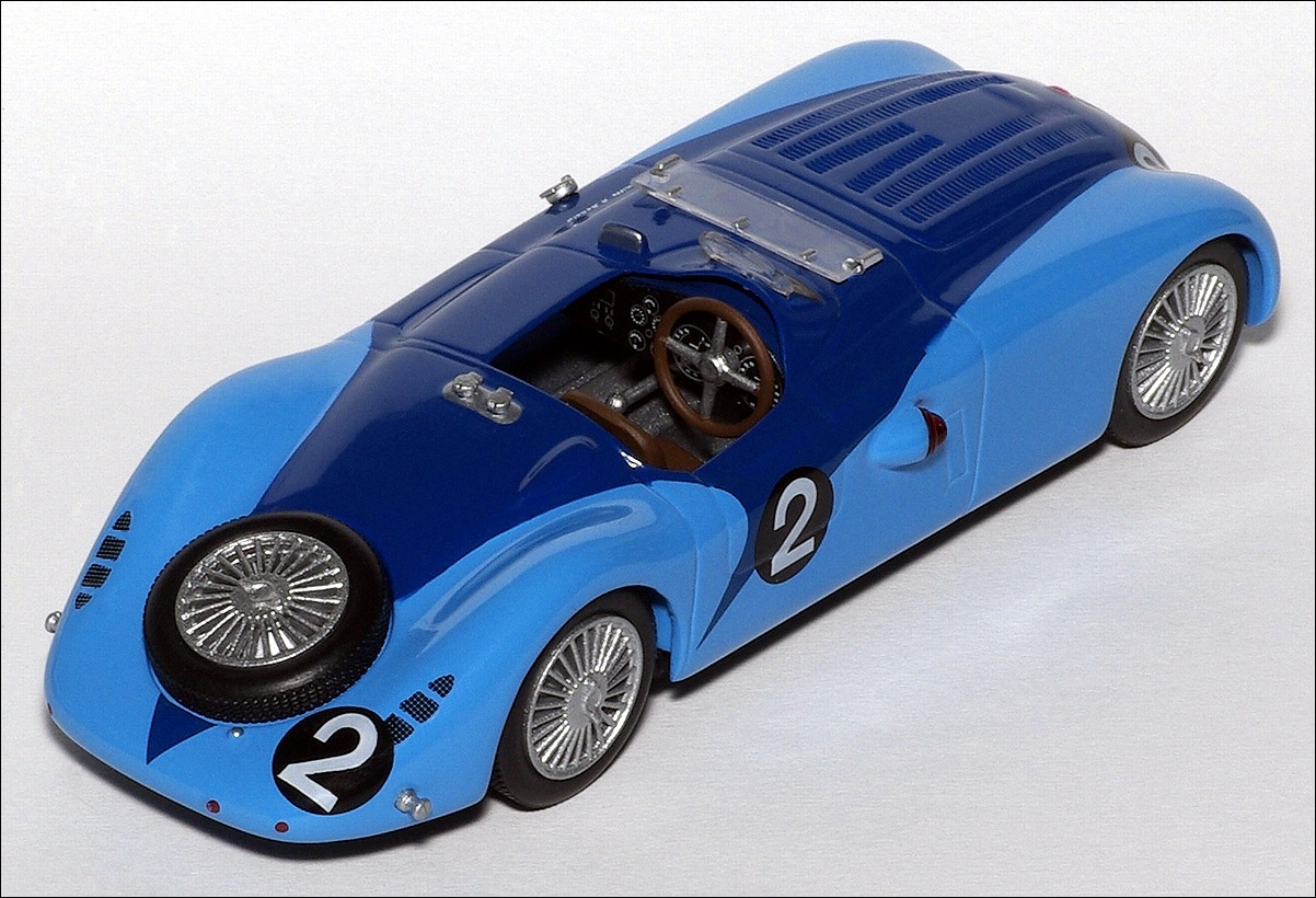 Altaya: 1937 Bugatti 57G - Blue in 1:43 scale . Picture provided by Natty, 2010-11-23 02:03:07