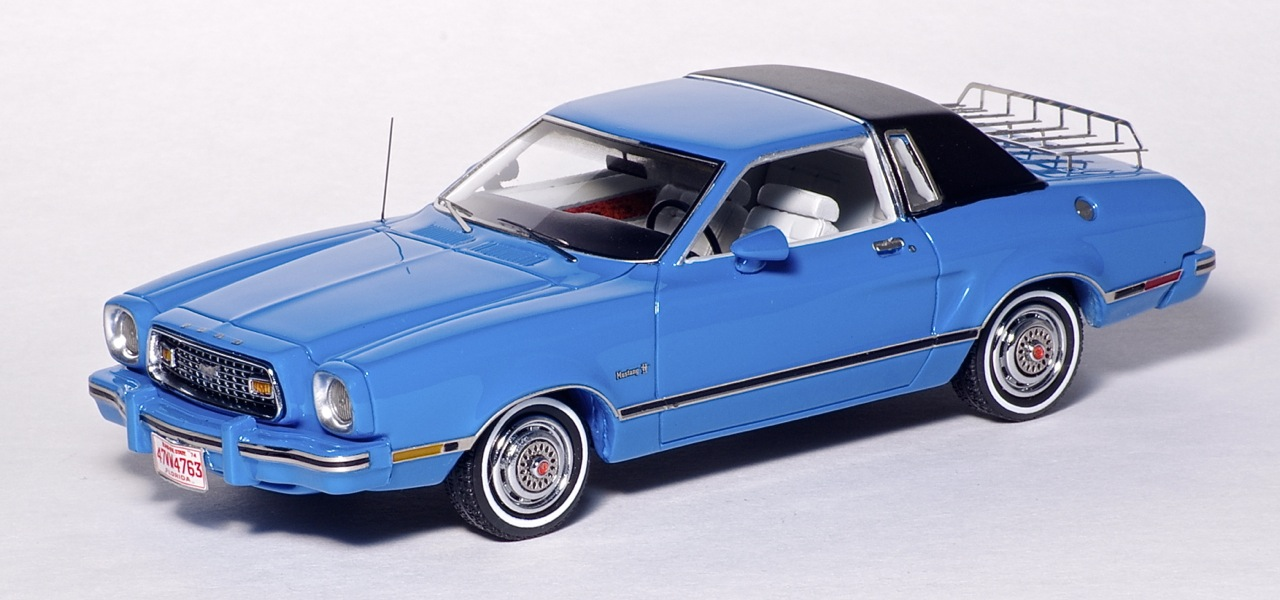 American Excellence: 1974 Ford Mustang II Ghia - Blue / Black (44760) in 1:43 scale