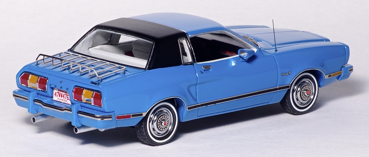 American Excellence: 1974 Ford Mustang II Ghia - Blue / Black (44760) in 1:43 scale . Picture provided by Natty, 2013-03-28 01:53:48