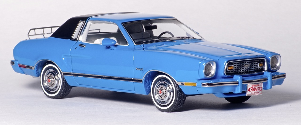 American Excellence: 1974 Ford Mustang II Ghia - Blue / Black (44760) in 1:43 scale . Picture provided by Natty, 2013-03-28 01:54:13