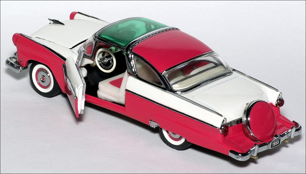 Franklin Mint 1955 Ford Crown Victoria Pink White UK 08 In 1