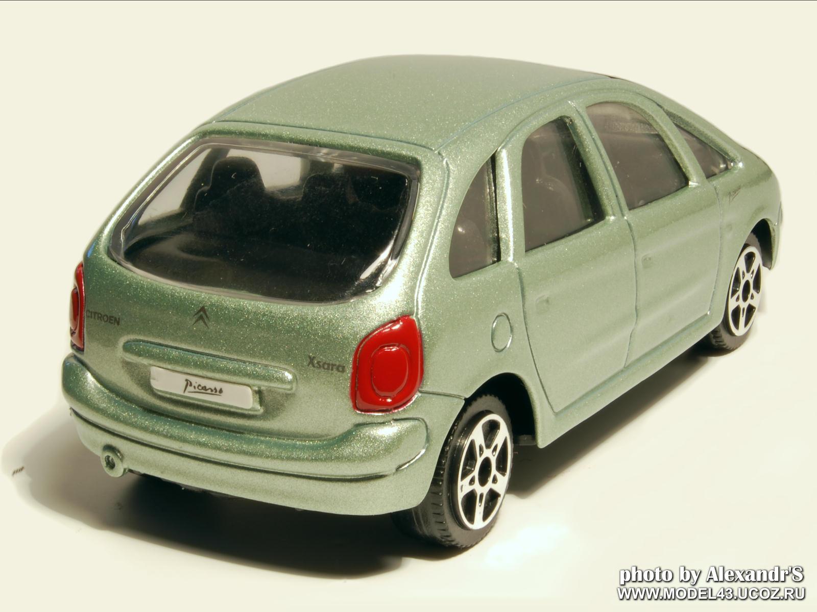 maisto 1999 citroen xsara picasso green metallic in 1. Black Bedroom Furniture Sets. Home Design Ideas