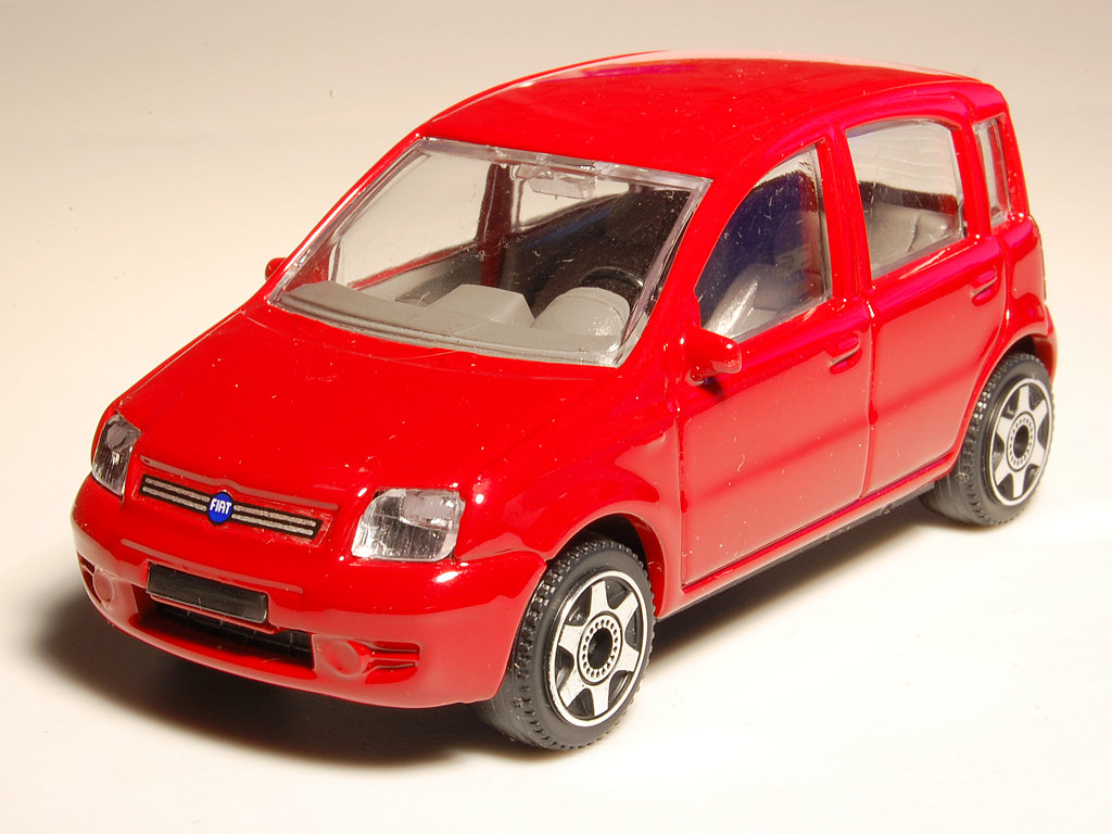 bburago 2003 fiat panda ii red 18 30013 in 1 42 scale mdiecast. Black Bedroom Furniture Sets. Home Design Ideas