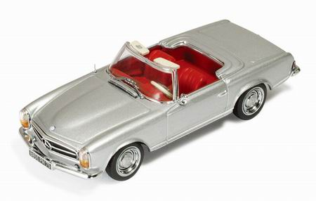 IXO: 1963 Mercedes-Benz 230SL (W113) Roadster - Silver w/ Red Interior (CLC183) in 1:43 scale
