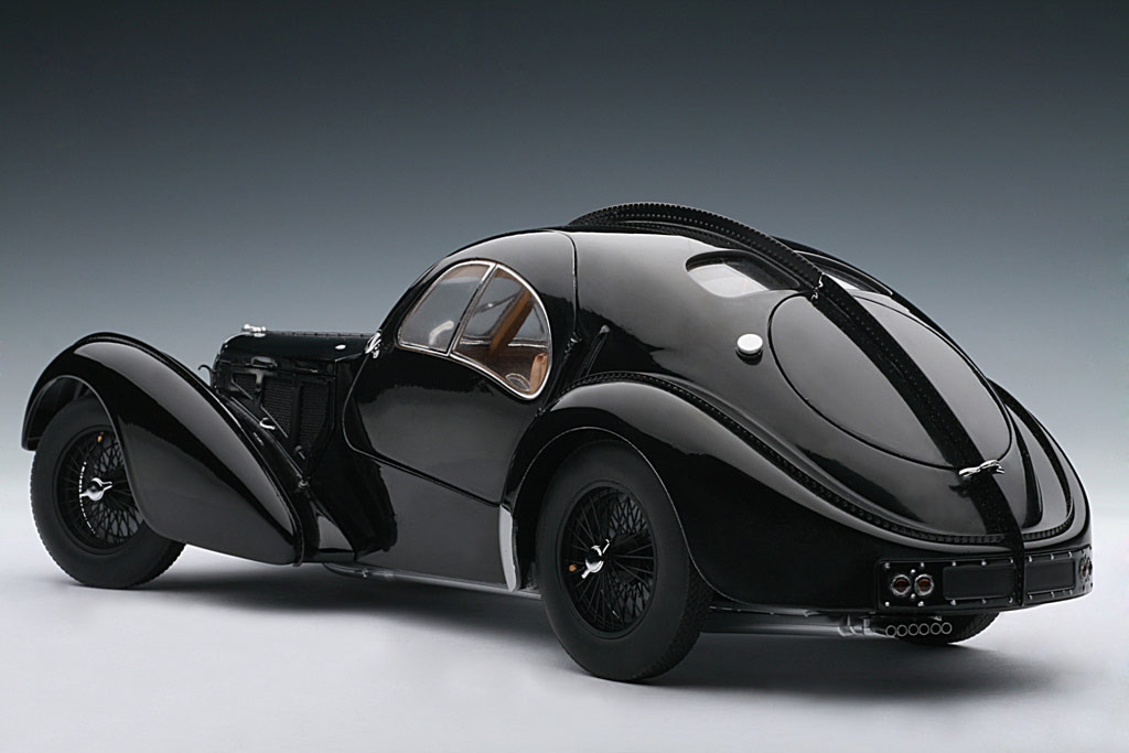 AUTOart: 1938 Bugatti 57SC Atlantic - Black w/ Disc Wheels (70941) in 1:18 scale . Picture provided by Alex, 2010-02-02 23:41:20
