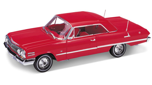 Welly: 1963 Chevrolet Impala - Red (9865) в 1:18 масштабе
