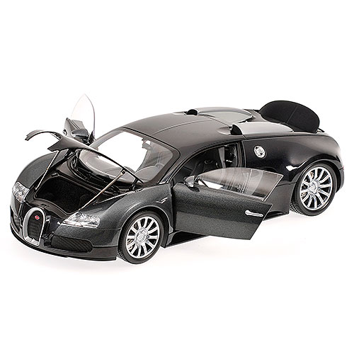 Minichamps: 2010 Bugatti Veyron - Black/Grey (100 110820) im 1:18 maßstab . Picture provided by Anton, 2011-04-24 03:06:22
