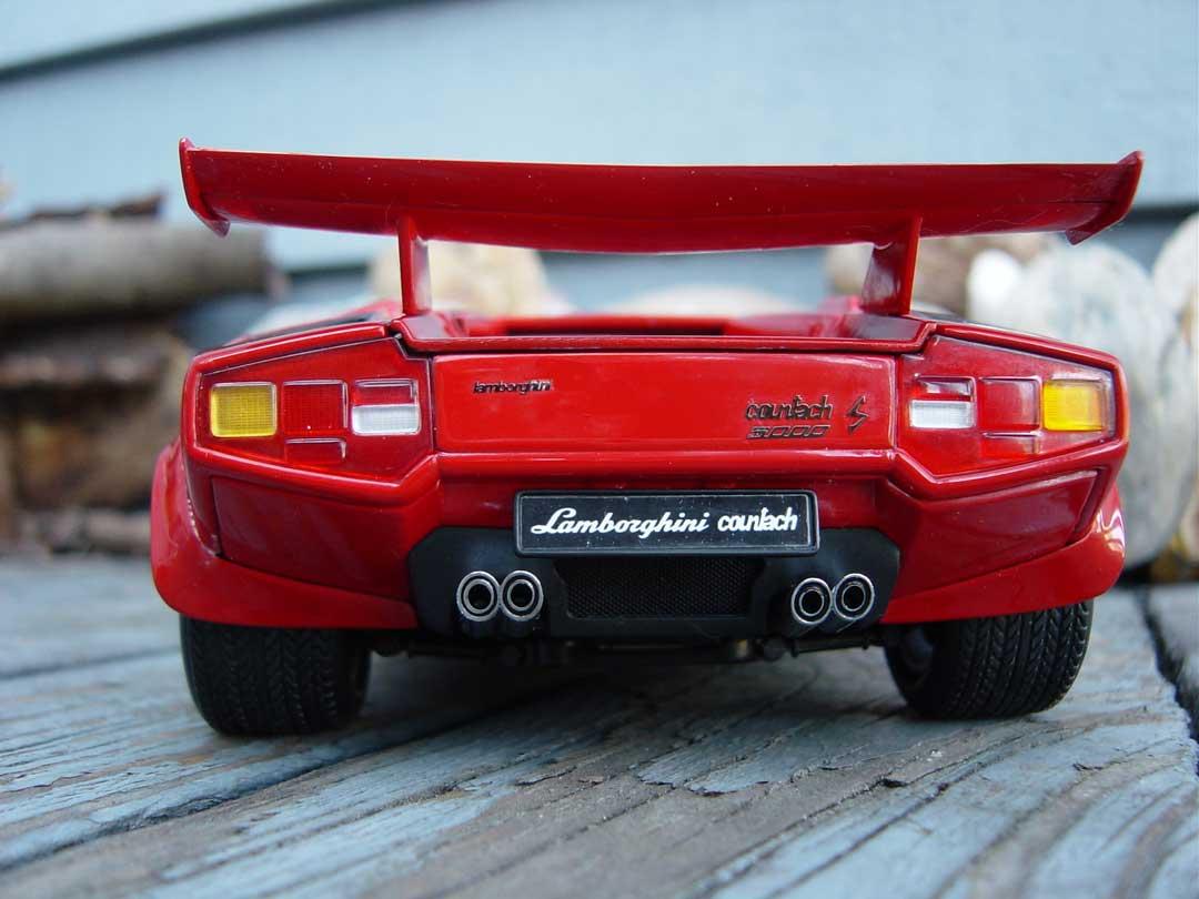 Kyosho Lamborghini Countach Lp500 Red 08322r In 1 18