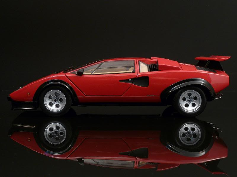 kyosho lamborghini countach lp500s red scarce in 1 18. Black Bedroom Furniture Sets. Home Design Ideas
