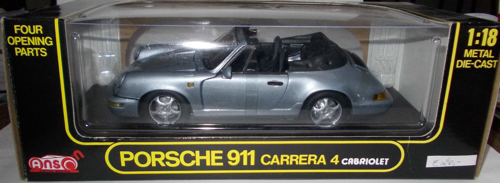 Anson: 1992 Porsche 911 C4 Cabriolet - Silver Metallic (30309) in 1:18 scale . Picture provided by Wim, 2014-10-29 16:40:28