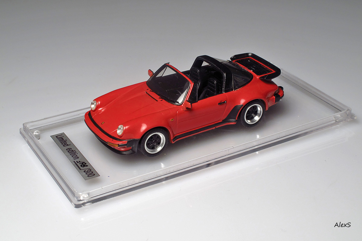 EMC: 1988 Porsche 911 Turbo Targa (930) in 1:43 scale