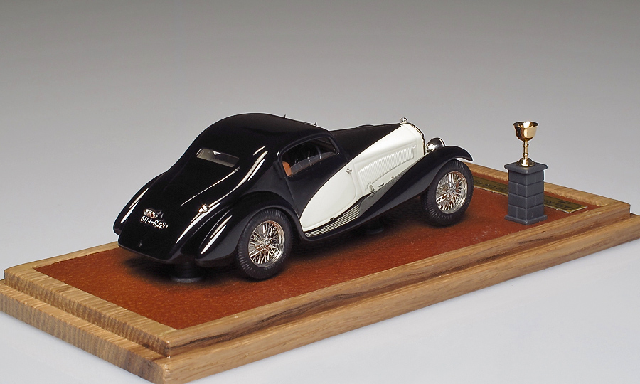 EMC: 1933 Alfa Romeo 6C 1750 GS Figoni im 1:43 maßstab . Picture provided by Alexey S, 2013-09-01 10:00:17