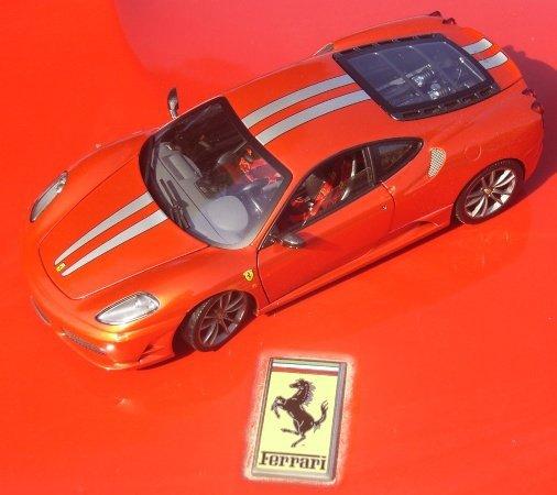 Hot Wheels Elite Ferrari F430 Scuderia Red L7121 In 118 Scale