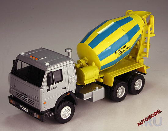 Bauer: KAMAZ 54115 Mixer in 1:43 scale