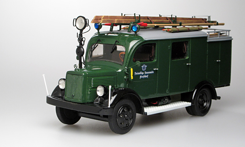 Gollwitzer: Mercedes-Benz L1500 LF8 Fire - Green in 1:43 scale . Picture provided by Vladimir, 2007-04-18 22:18:11