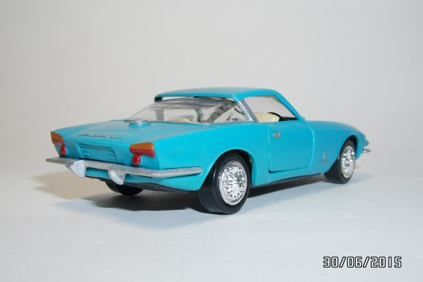 A Model: 1963 CHEVROLET Rondine Pininfarina A-22 (A - 22) in 1:43 scale . Picture provided by George, 2015-11-08 23:58:49