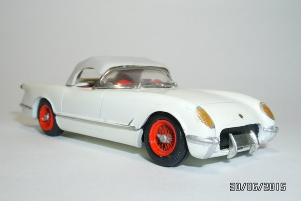 A Model: 1954 Chevrolet Corvette C1 (PM 010) in 1:2 scale