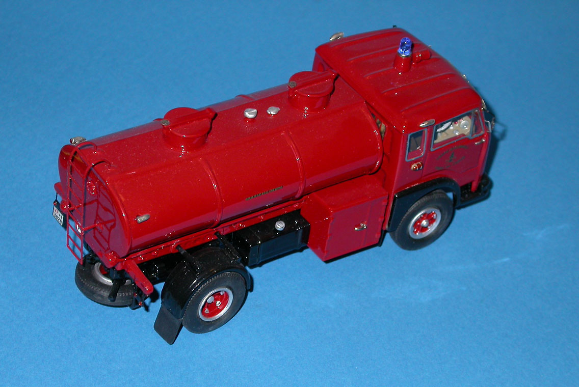 CB Modelli: Fiat 682 N Fire Tanker in 1:43 scale . Picture provided by Mauro, 2008-02-16 11:28:16