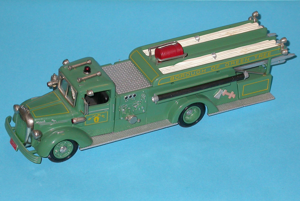 Ashton Models: 1950 Mack 85LS Quad 'Borough of Green Tree' (AH32G) in 1:43 scale