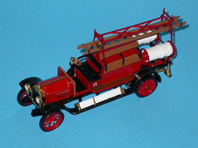 Matchbox: 1912 Benz (YFE20-M) in 1:43 scale . Picture provided by Mauro, 2007-10-20 11:51:56