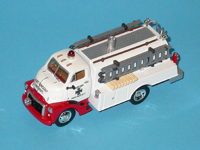 Matchbox: 1948 GMC COE Tanker/Pummper (YYM37631) in 1:43 scale