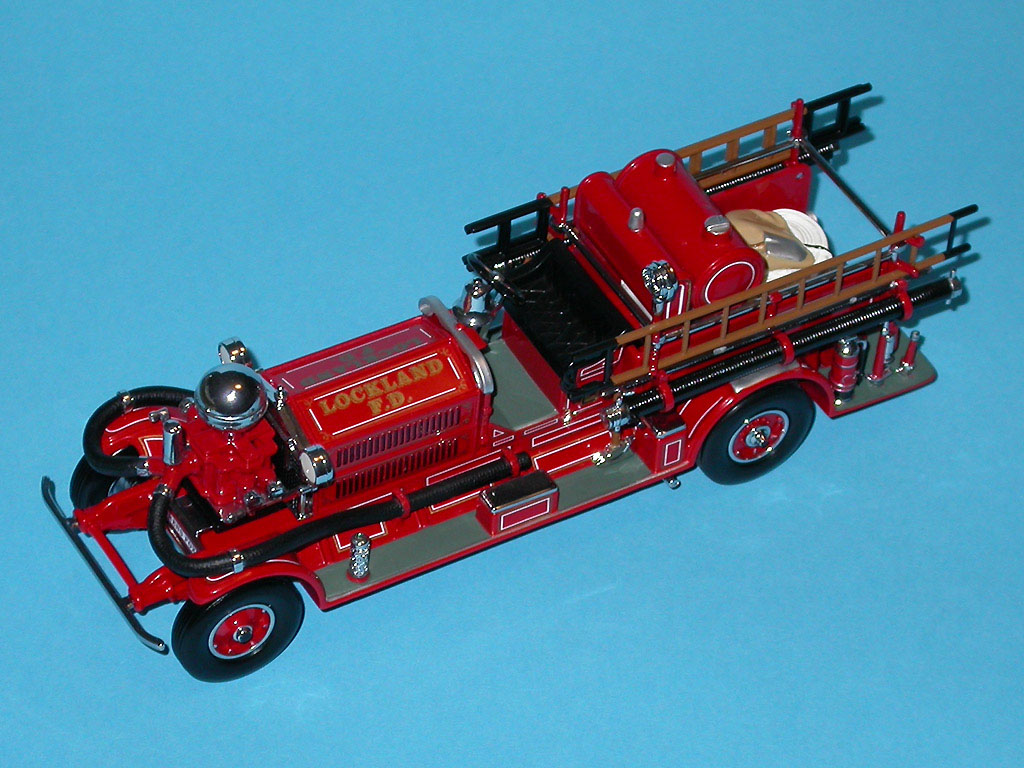 Matchbox: 1927 Ahrens Fox N-S-4 Fire Engine (YSFE04-M) in 1:43 scale