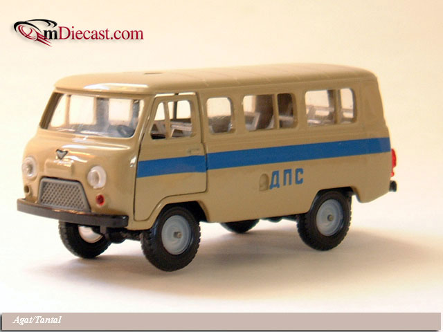 Agat/Tantal: UAZ 452V DPS Russian Police (A41) in 1:43 scale