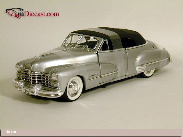 Anson: 1947 Cadillac Series 62 Convertible w/Black Softtop - Silver (30345) in 1:18 scale