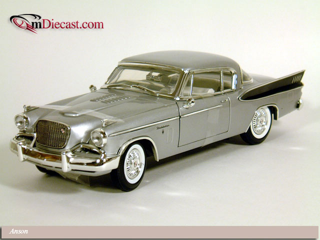 Anson: 1957 Studebaker Golden Hawk Grey (30384) in 1:18 scale