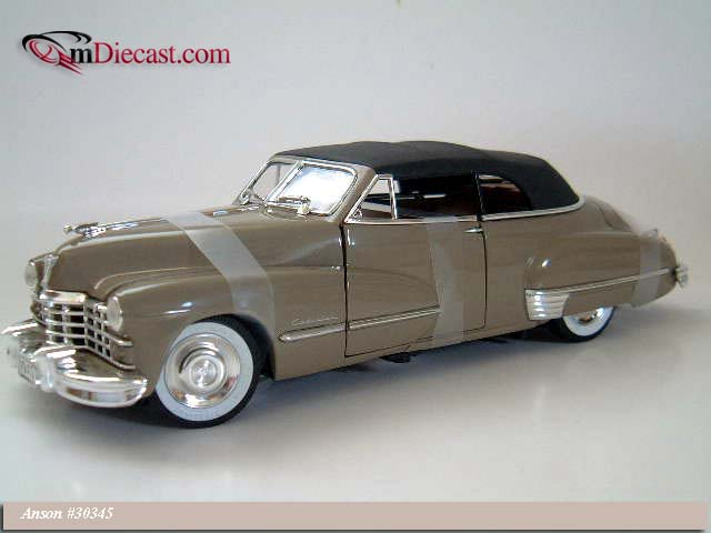Anson: 1947 Cadillac Series 62 Convertible w/ Black Softtop - Tan (30345) в 1:18 масштабе