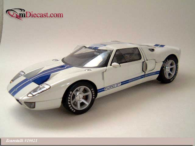 Beanstalk Group: 2003 Ford GT40 Concept Car White (10021) im 1:18 maßstab
