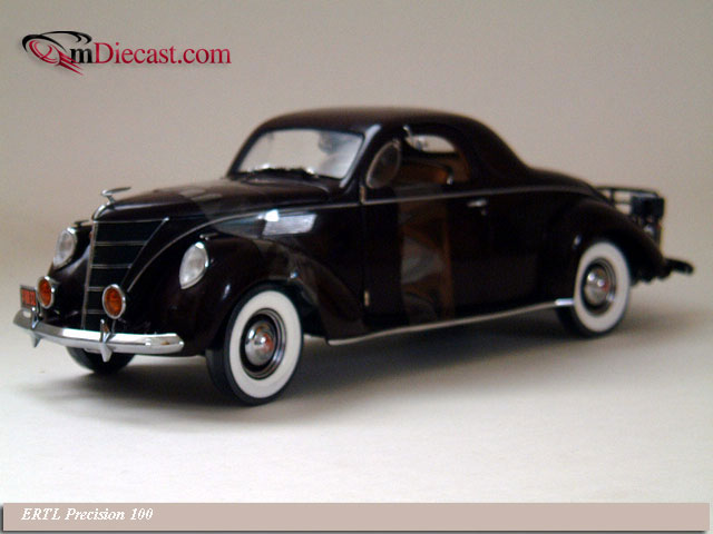 ERTL Precision 100: 1937 Lincoln Zephyr V-12 Royal Maroon (32890) in 1:18 scale