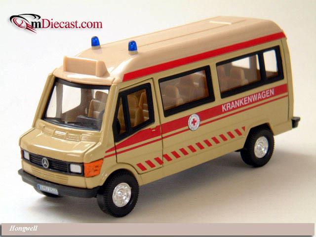 Hongwell mercedes benz t1 39 notarzt 39 ambulance bei in 1 43 for Mercedes benz long beach service department