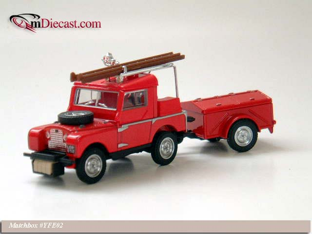 Matchbox: 1953 Land Rover w/Trailer (YFE02-M) в 1:43 масштабе