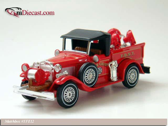 Matchbox: 1930 Ford Model A Battalion Chief (YFE12-M) в 1:43 масштабе