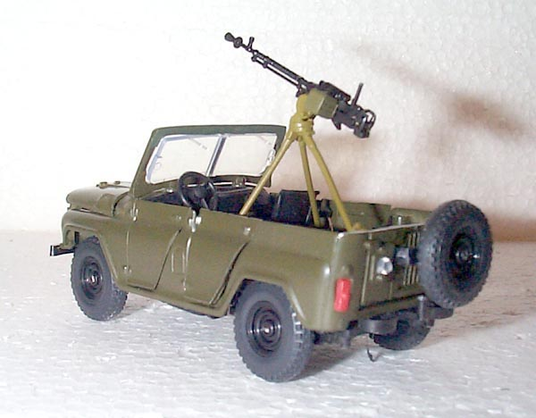 MBK: UAZ-469 with DShK Machine Gun in 1:43 ...