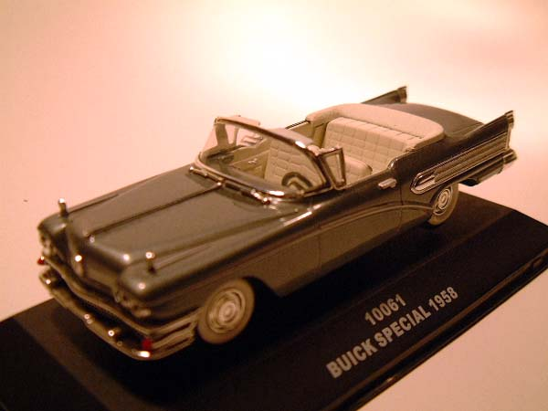 Sun Star: 1958 Buick Special - Grey (10061) in 1:43 scale